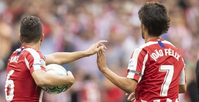 ז'ואאו פליקס חוגג עם קוקה (La Liga)