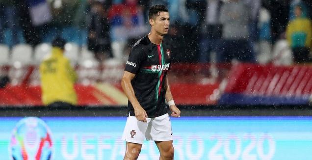 כריסטיאנו רונאלדו באימון נבחרת פורטוגל (רויטרס)