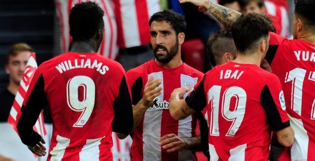 שחקני אתלטיק בילבאו חוגגים (La Liga)