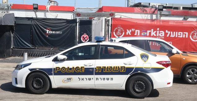 ניידת משטרה בחודורוב (מערכת ONE)