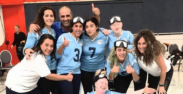 שחקניות נבחרת ישראל חוגגות (שרי בן דוד)
