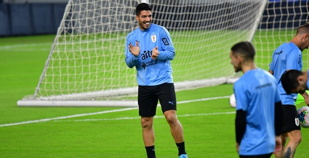 לואיס סוארס באימון אורוגוואי באצטדיון נתניה (חגי מיכאלי)