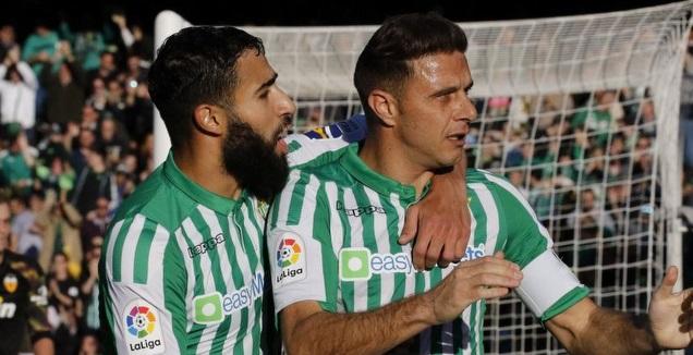 חואקין חוגג עם נביל פקיר (La Liga)