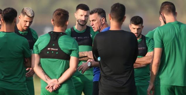 מרקול בלבול עם שחקני מכבי חיפה באימון (רדאד ג'בארה)