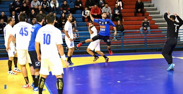 יובל כץ בניקוסיה מול קפריסין (באדיבות התאחדות הכדוריד בקפריסין - Marinos Markides)