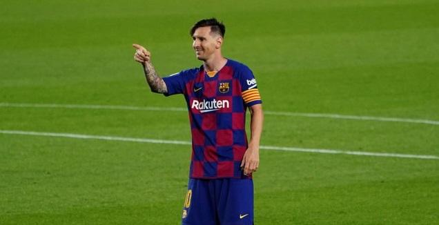 מסי חוגג את השער ה-700 (La Liga)