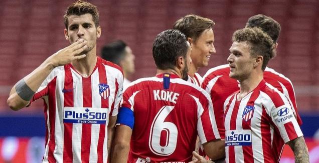 אלברו מוראטה חוגג עם שחקני אתלטיקו מדריד (La Liga)
