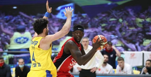 טאליב זאנה עם הכדור (רדאד ג'בארה)