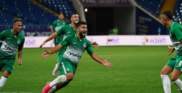מוחמד אבו פאני חוגג (האתר הרשמי של מכבי חיפה)