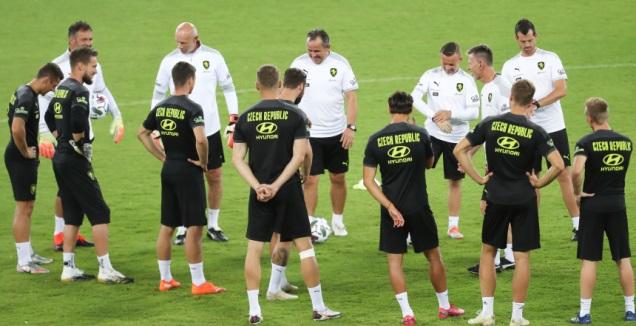 שחקני נבחרת צ'כיה באימון (רדאד ג'בארה)