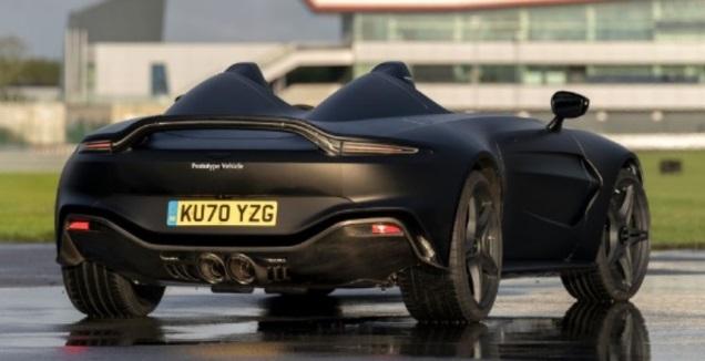 Aston Martin V12 Speedster (באדיבות היצרן)