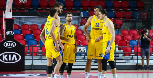 ז'יז'יץ' ובנדר עם החברים (איציק בלניצקי)