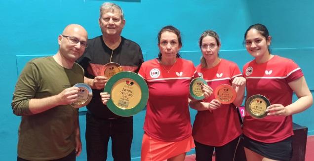 מכבי בנות הרצליה - אלופת המדינה לנשים (באדיבות איגוד טניס השולחן בישראל)