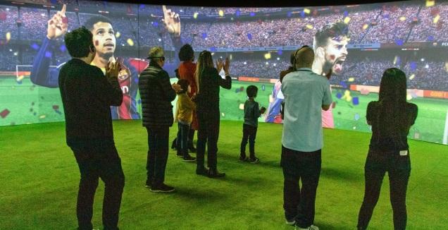 תערוכת ברצלונה בבכורה עולמית בישראל (Proactiv, FC Barcelona)