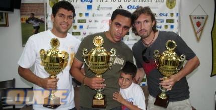 שלושת הברזילאים בפרידה המרגשת (גיא בן-זיו)