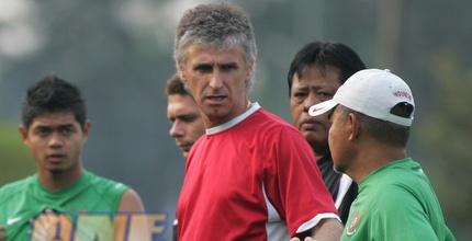 איוון קולב. מאמן הבולגרים, נקודות ראשונות (רויטרס)