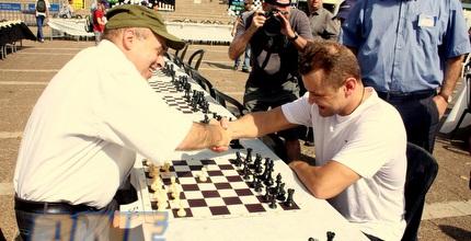 שרנסקי עם אליק גרשון במשחק ידידות (משה חרמון)