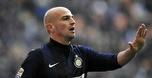 אסטבן קמביאסו פרש רשמית מכדורגל בגיל 37