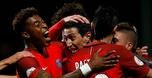 פ.ס.ז גברה 0:2 על אנז'ה ונצמדה למונאקו בפסגה