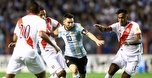 מוקף מכל הכיוונים: ארגנטינה מחכה שמסי יושיע