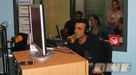 מדסקס עם המאזינים בשידור