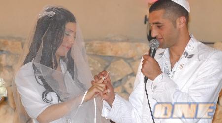 חתונה מפוארת עמוסת כוכבים!