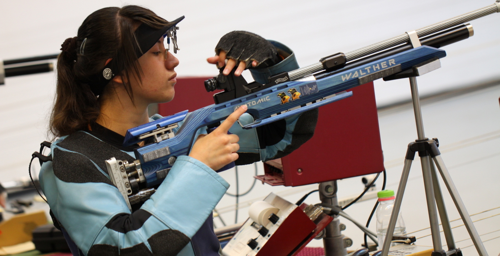 פולינה מדבינר במקום ה-11 באליפות אירופה לנערות ברובה אוויר