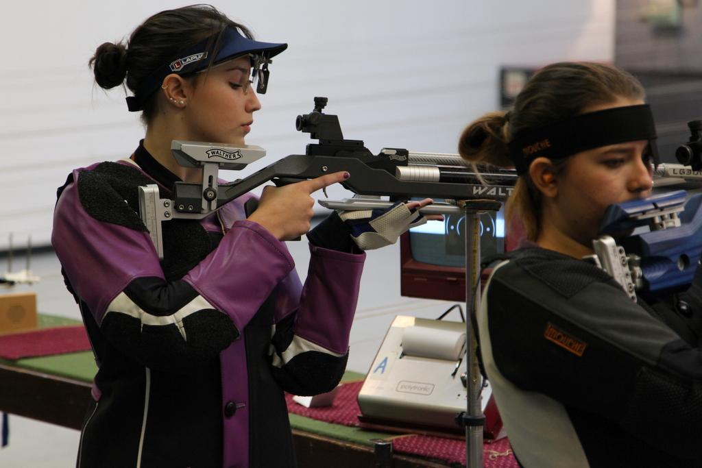 נשברו שיאי ישראל ברובה אוויר לנשים ולגברים