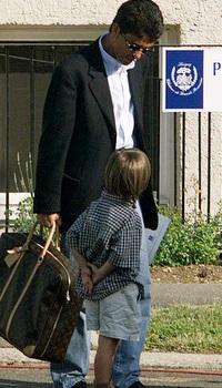 בבטו עם בנו מתאוס ב-1998 (רויטרס)