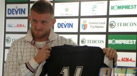 """אדריאן פיט: """"בכדורגל המודרני הכל יכול להיות"""" (napocanews.ro)"""