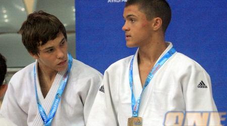 רסקופין עם המדליה בטורקיה (בעז גורן)