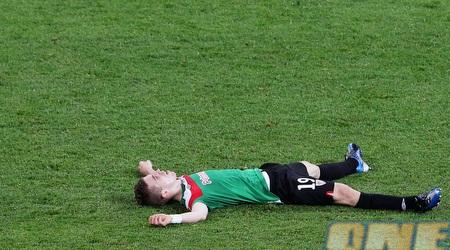 מוניאין שבור על הדשא (GettyImages)