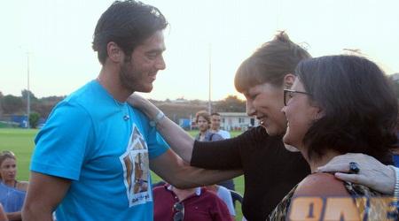 תמיר כהן עם אמו דורית ולימור לבנת (יניב גונן)