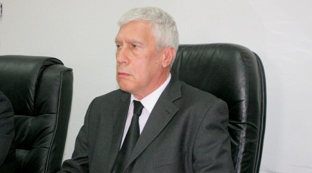 פרופסור מיגל דויטש (משה חרמון)