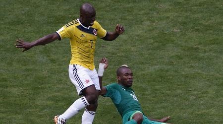 פאולו ארמרו נאבק על הכדור (מערכת ONE)
