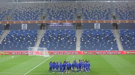 שחקני נבחרת ישראל מתאמנים בסמי עופר (עמית מצפה)