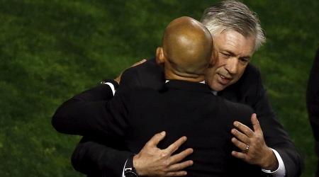 קרלו אנצ´לוטי מחבק את פאקו חמס לפני תחילת המשחק (רויטרס)