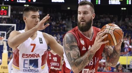 ראדוליצה נאבק עם הרננגומס (FIBA)