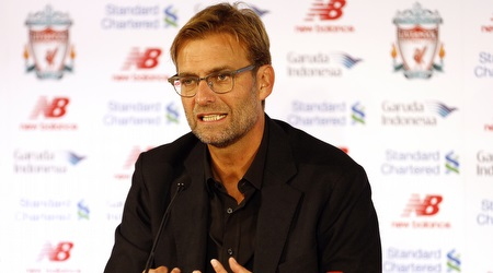 יורגן קלופ במסיבת העיתונאים הראשונה כמאמן ליברפול (רויטרס)