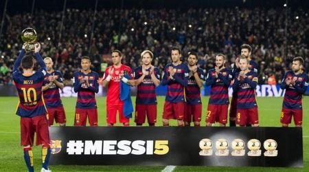 מסי מציג את כדור הזהב החמישי. בדרך לשישי (La Liga)