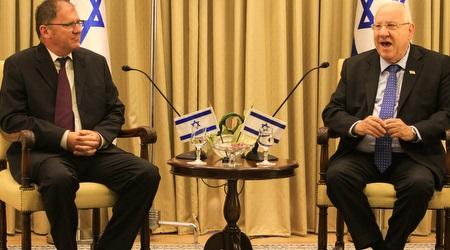 נשיא המדינה רובי ריבלין עם שרון תוסיה כהן (איתי כהן)