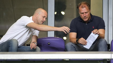 פטריק ואן לוון עם ג´ורדי קרויף. נתן רוח חדשה למנהל הספורטיבי (רדאד ג´בארה)