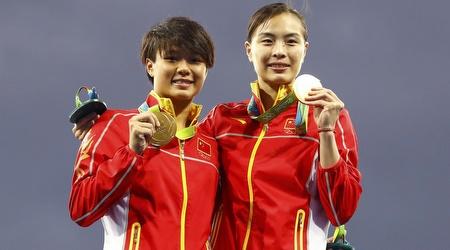 סין קוטפת את הזהב בקפיצה למים (רויטרס)