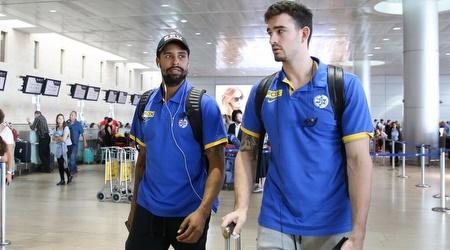 ג´ו אלכסנדר וסילבן לנדסברג בשדה התעופה (איציק בלניצקי)