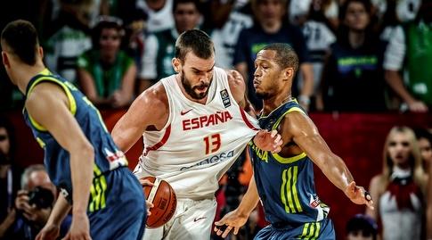 מארק גאסול מול אנתוני ראנדולף (FIBA)