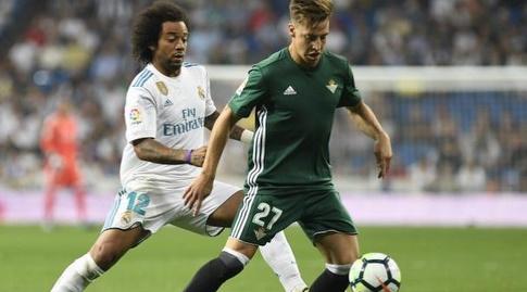 מרסלו מנסה לעצור את גררו (La Liga)
