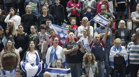 אוהדי נבחרת ישראל (שחר גרוס)