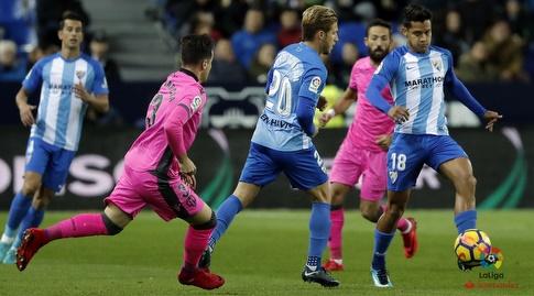רוברטו רוסאלס שומר על הכדור (La Liga)