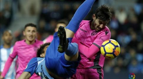 חוסה קמפאניה מחפש את הכדור (La Liga)