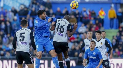 חורחה מולינה קופץ לכדור (La Liga)